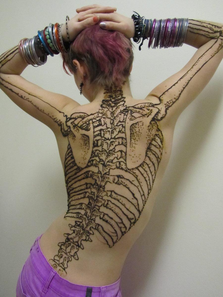 Back skeleton henna