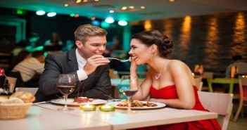 First Date Tips- How to Make Your First Date Romantic & Special