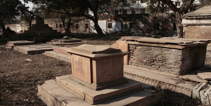 Lothian_Cemetery_10