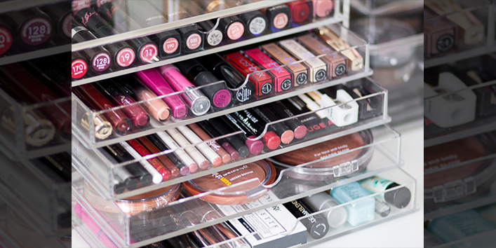 Acrylic-drawers-for-lip-glosses