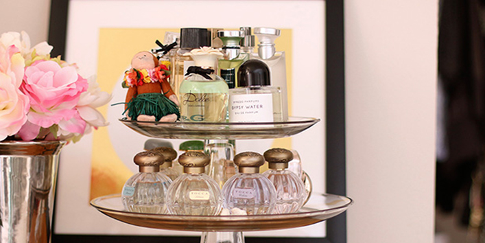 Cake-stands-for-perfumes