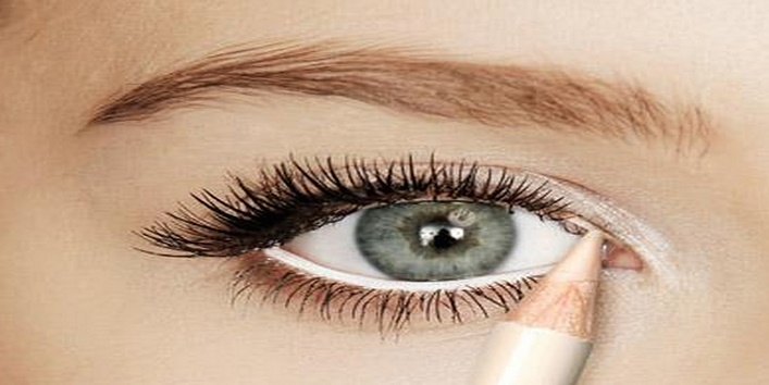 Tips To Make Your Eyes Look Bigger With Makeup2