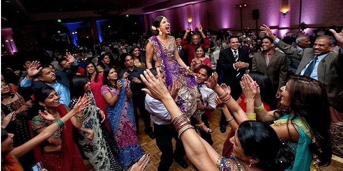 Things You Encounter In Any Baniya Wedding!2