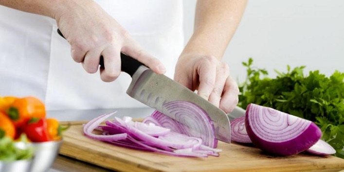 Chop Onions Without Tears1