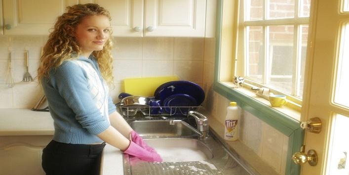 Kitchen Shine Like New With Baking Soda3