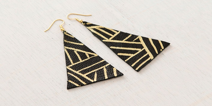 Own Earrings at Home3