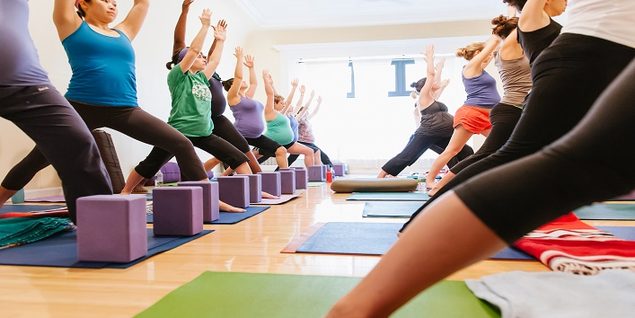 yoga Poses for Pregnant Women (2)