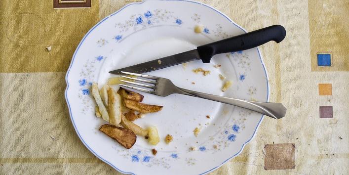 tricks-to-clean-your-kitchen-utensils3