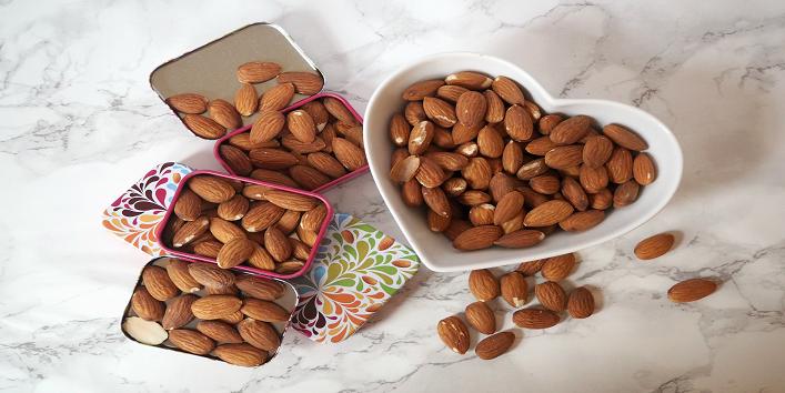 almond-beauty-usage-1