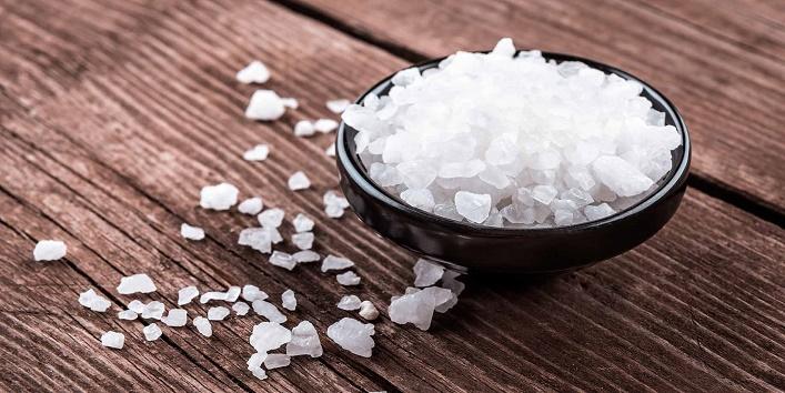 Use Rock Salt for Health & Beauty1