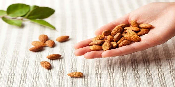 Almonds-paste-for-healthy-skin-and-improved-texture