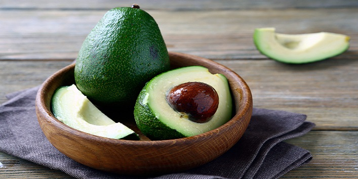 Avocado for eliminating excess oil from skin