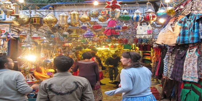 Everything-For-The-Decoration-–-Sadar-Bazaar