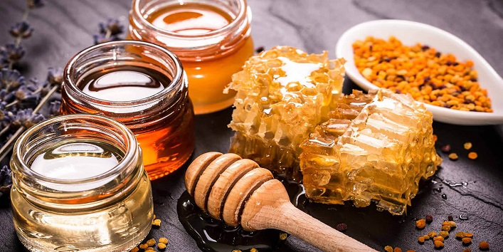 Honey as a natural cuticle moisturizer