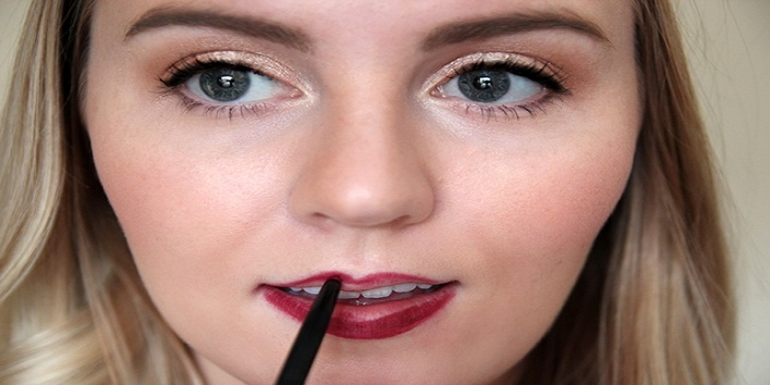 Now-line-your-lips-with-lip-liner