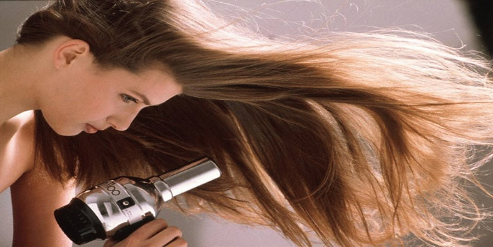How To Get Rid Of Frizzy Straight Hair Naturally