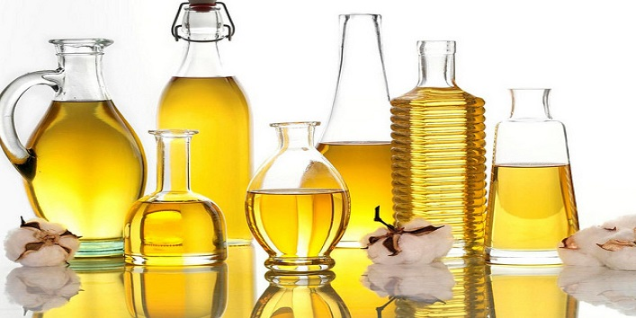 Apply vegetable oil on affected areas