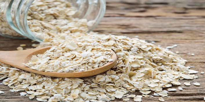 Oatmeal-for-treating-your-skin