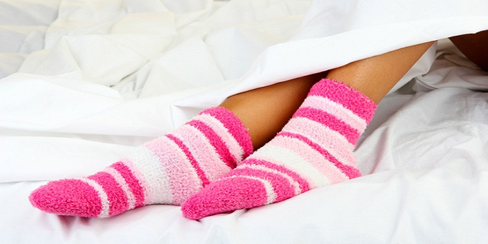 Simple-Tips-to-Take-Care-of-Your-Feet-This-Winter-4