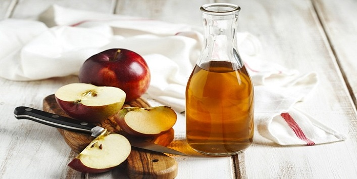 Apple hair pack for pampering your hair