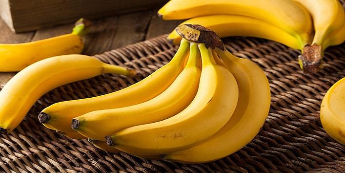 Banana hair pack for long hair