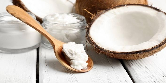 Coconut oil and baking soda scrub