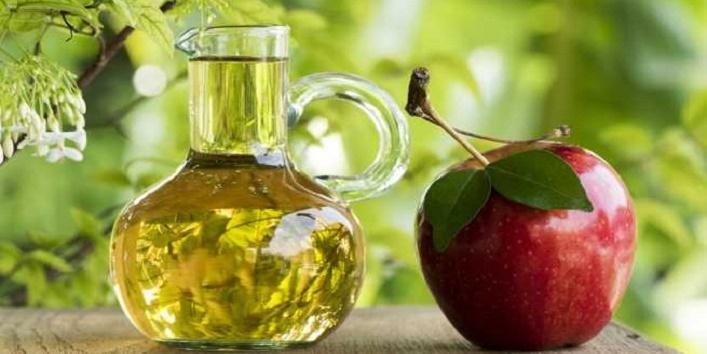 Apple cider vinegar and olive oil mask