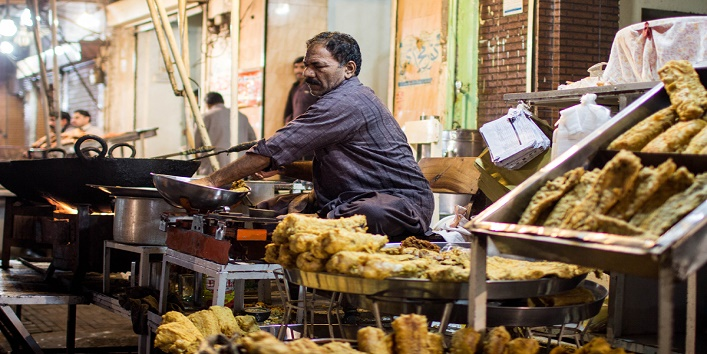 Avoid purchasing food from unhygienic places