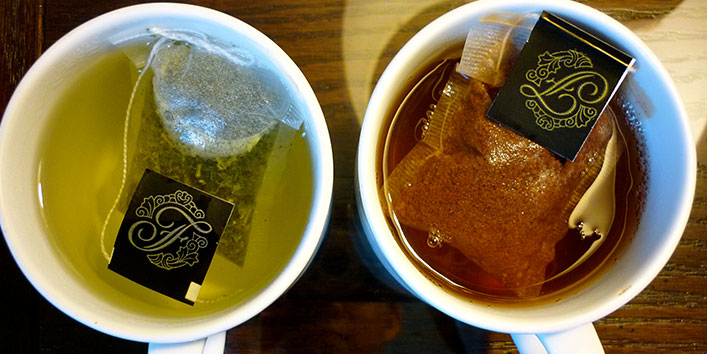 Green tea and black tea