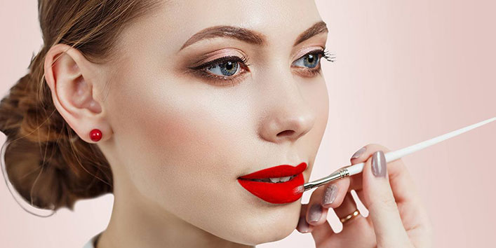 PREPPING OF LIPS AND LIP MAKEUP