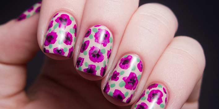 Purple Pink Floral Nail Art: