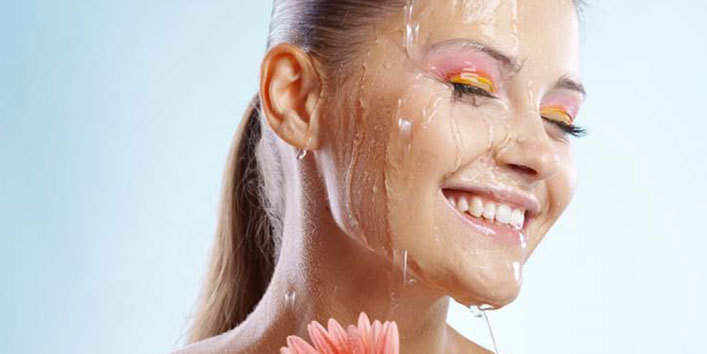 It is better to use waterproof cosmetic products